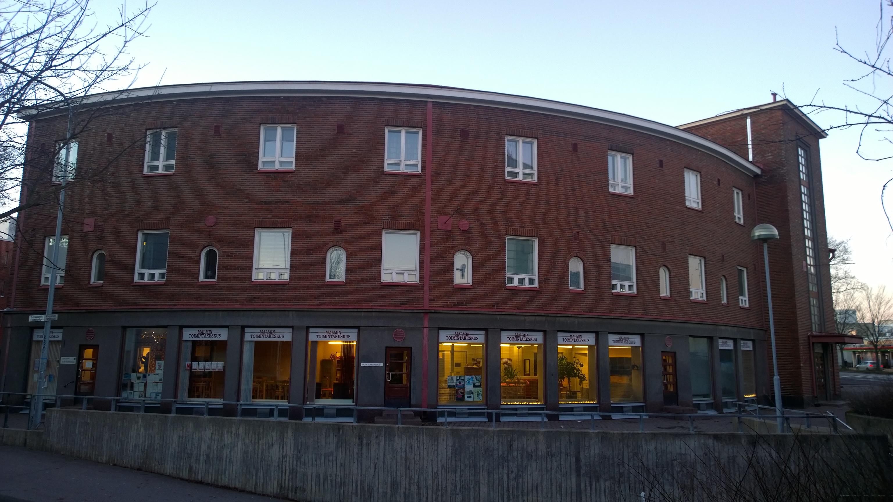 Toimitila, Kirkonkyläntie 2, Malmi, Helsinki