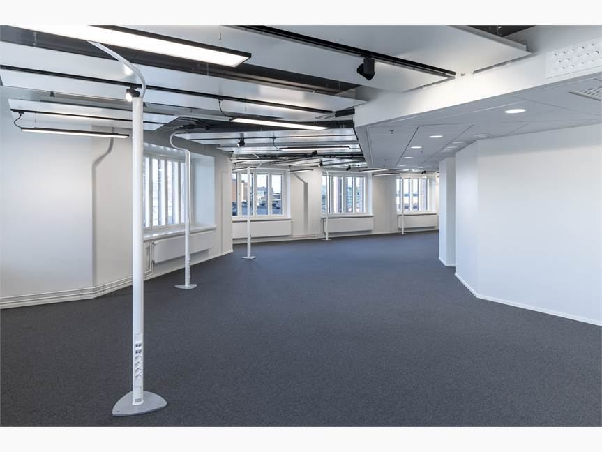 Spatious and versatile office space