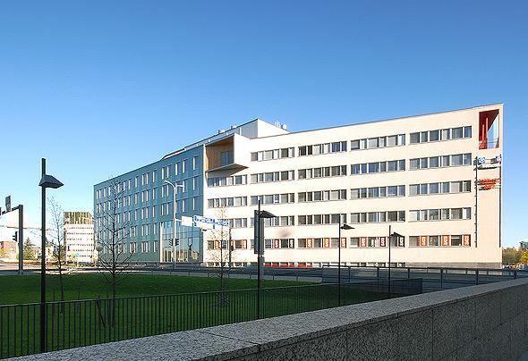 Bertel Jungin aukio 1-9, Leppävaara, Espoo