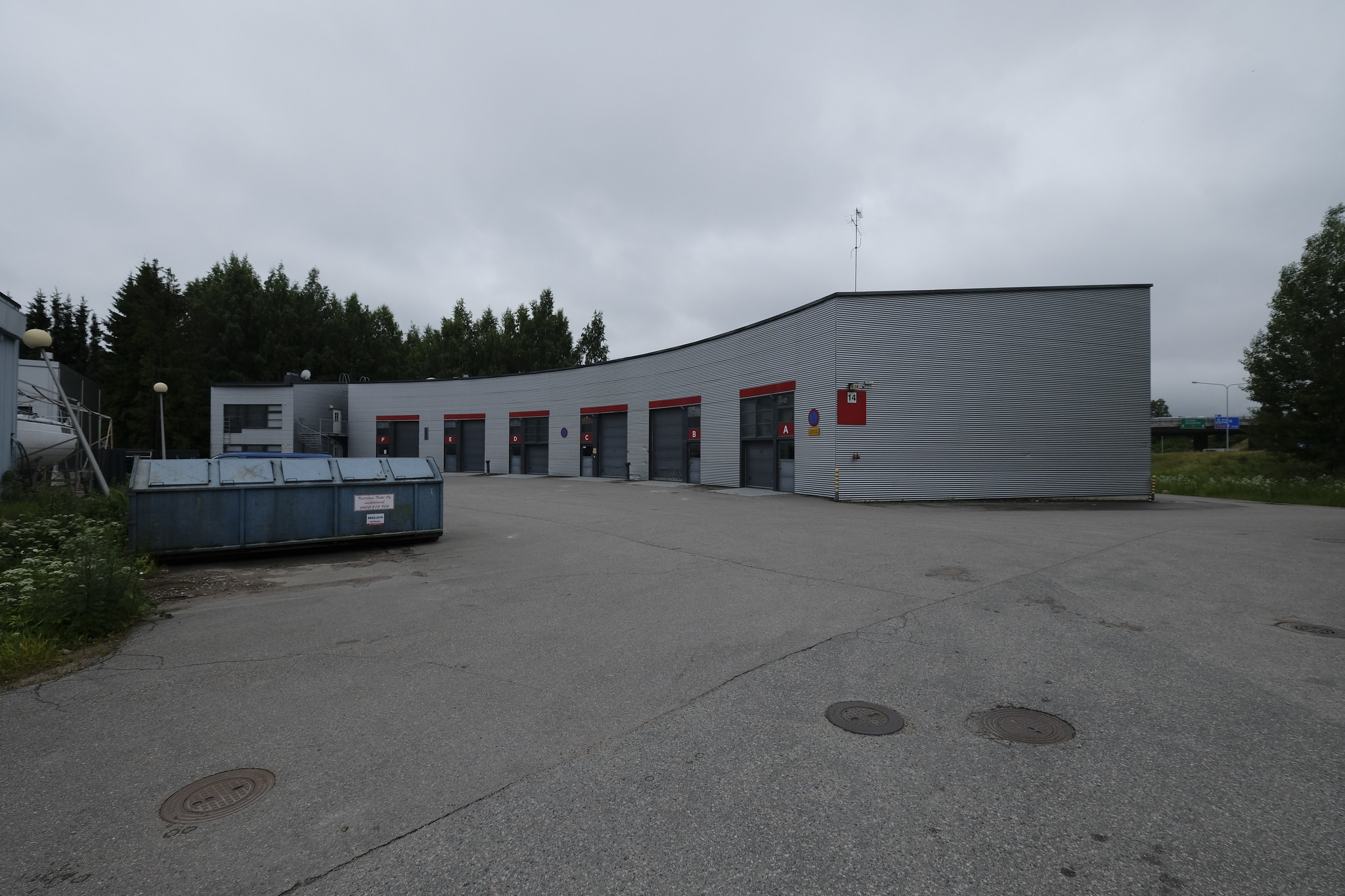 Toimitila, Koivukummuntie 14, Koivuhaka, Vantaa